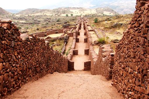 tour al valle sur de Cusco Pikillacta